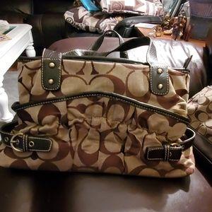 Medium sized coach purse with coin purse